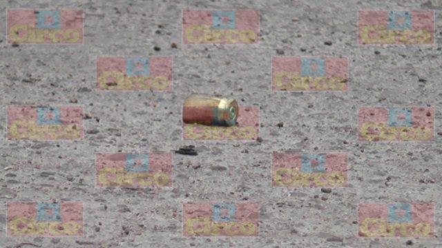 ¡Intentaron ejecutar a balazos a 3 jóvenes afuera de un bar en Zacatecas!