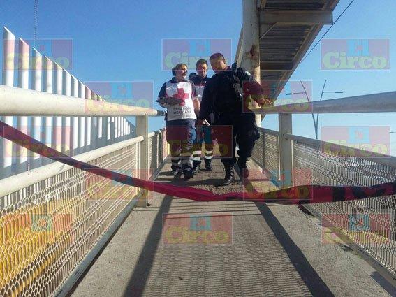 ¡Hombre murió de un fulminante infarto en un puente peatonal en Fresnillo!