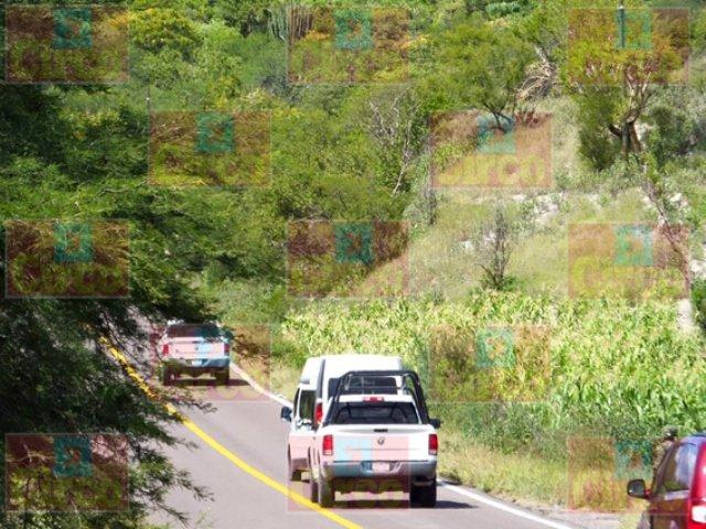 ¡2 militares muertos y 3 más lesionados tras una volcadura en Apozol, Zacatecas!