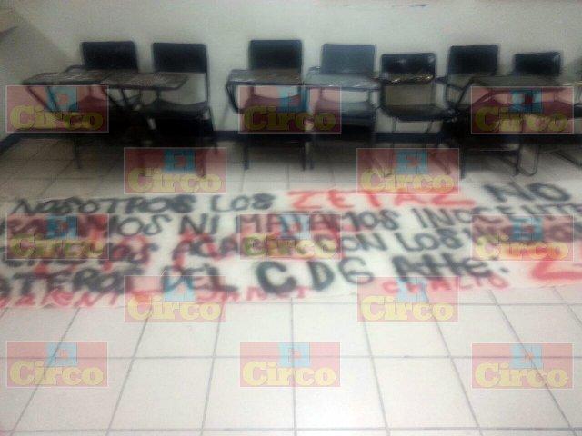 """¡""""Los Zetas"""" colgaron narco-mantas con amenazas al CDG en Fresnillo!"""