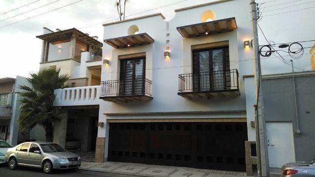 ¡Delincuentes saquearon una casa en Aguascalientes y lograron un botín de $6 millones!