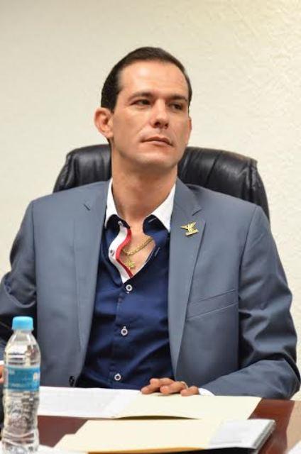"""¡Presentó el diputado Oswaldo Rodríguez García punto de acuerdo para programa de mantenimiento del parque """"Rodolfo Landeros""""!"""