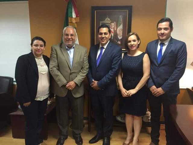 ¡El alcalde Javier Luévano se reunió con el Cónsul General en Chicago!