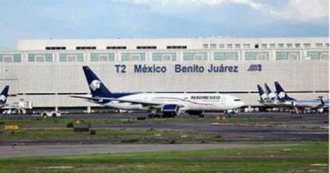 ¡Detienen a 2 mujeres que portaban 12 paquetes de cocaína en el Aeropuerto del DF!