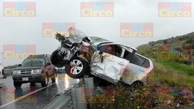 ¡4 muertos tras brutal choque frontal entre una camioneta y un auto en Sombrerete!