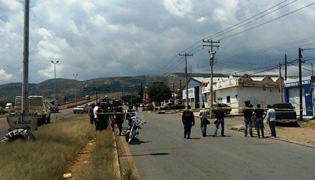 ¡Ejecutaron a una mujer de 4 balazos en la vía pública en Guadalupe, Zacatecas!