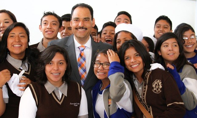 ¡Gobierno Municipal continúa apostando a la educación con más inversión en escuelas!