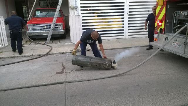 ¡Incendio casi acaba con una vivienda en Aguascalientes!