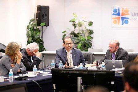 ¡Inspirará la reorientación al paquete económico federal del año 2016 las propuestas legislativas de Martín Orozco!