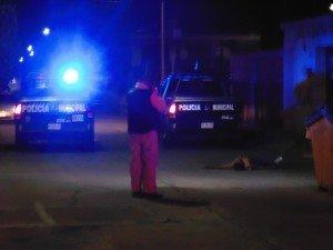 POLICIA MUNICIPAL MATA A SOSPECHOSO POR ASFIXIA EN JARDINES DE LAS FUENTES (3)