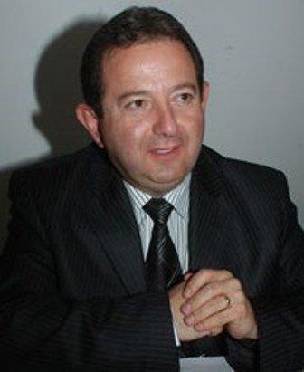 ¡Ulises Ruiz Esparza, diputado panista, traiciona al pueblo y defiende a los empresarios!