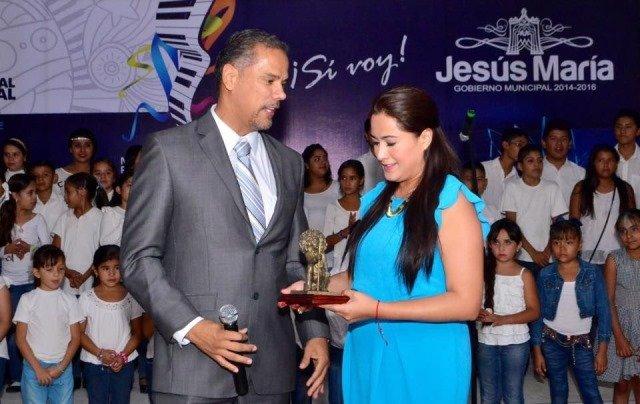 ¡Reconocen labor legislativa de Tere Jiménez en Jesús María!