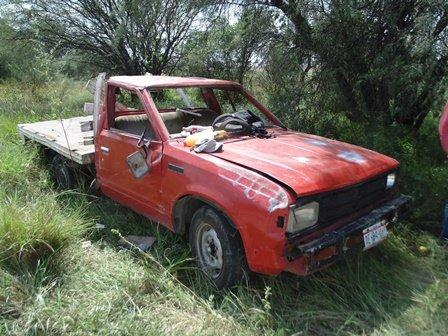 ¡2 ebrios resultaron lesionados tras la volcadura de una camioneta en Aguascalientes!