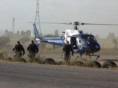 ¡FOTOGALERIA 2/ Espectacular balacera entre policías y delincuentes en Aguascalientes!