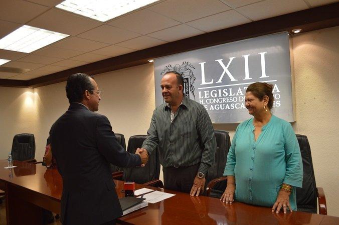 ¡Entregó el municipio de Calvillo su proyecto de Ley de Ingresos para el 2016!