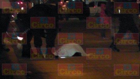 ¡Sicarios atropellaron y ejecutaron a balazos a un hombre en Fresnillo!