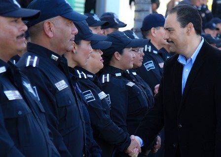 ¡Juan Antonio Martín del Campo entregó equipo al personal operativo de la SSPM!