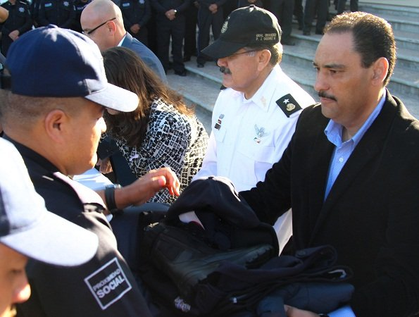 ¡Entregó JAMC nuevo equipamiento para los elementos de la Policía Municipal de Ags.!