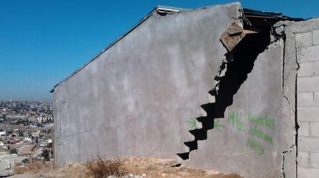 ¡Importante la detección de grietas y fallas geológicas en unidades habitacionales: Mario Zermeño!