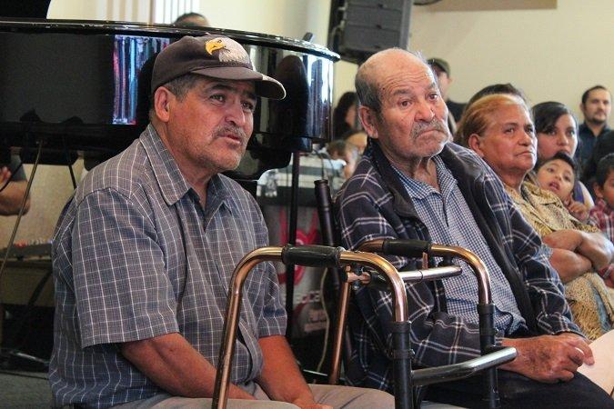 ¡Beca el IZEA a 26 adultos mayores que estudian su nivel básico en Calera!