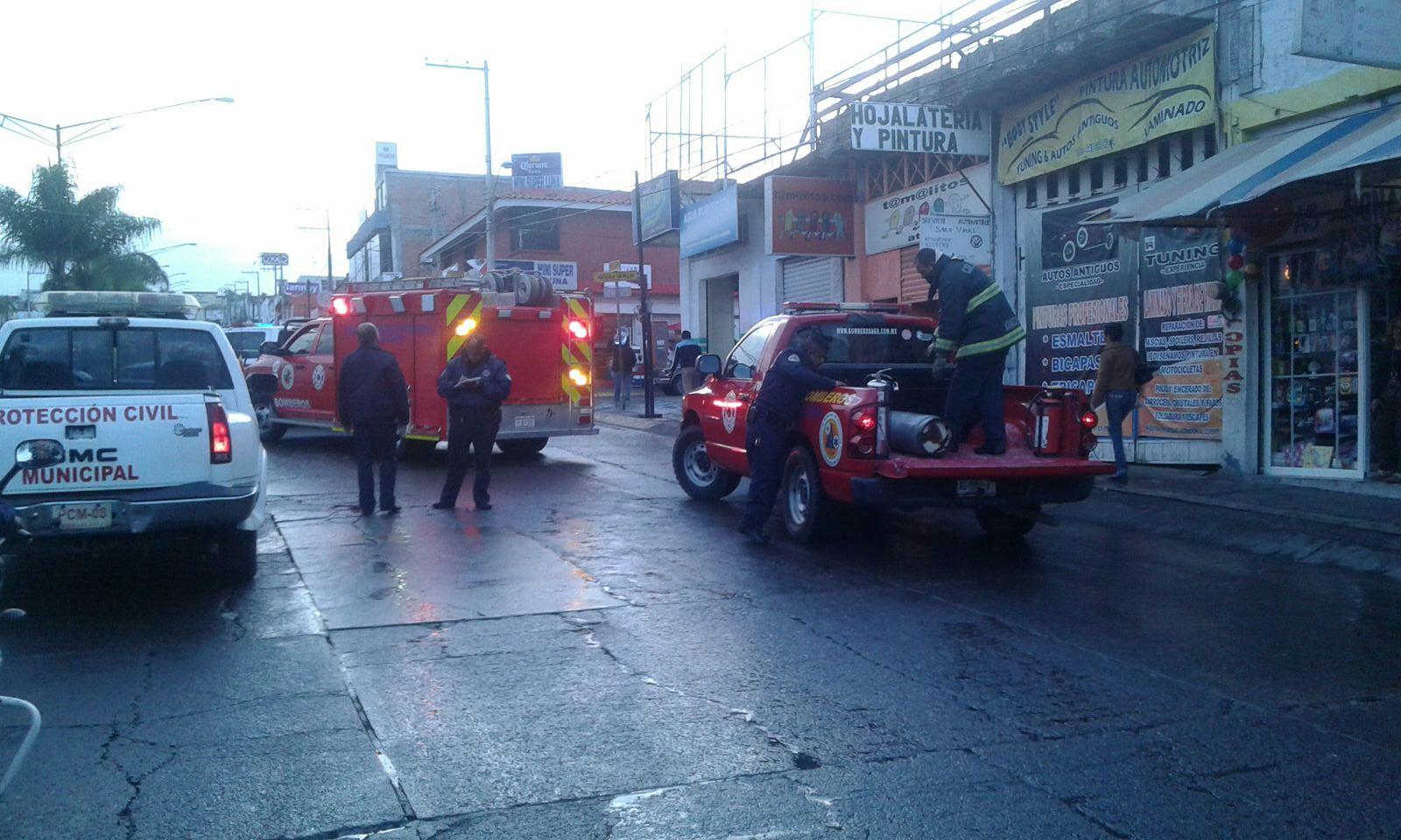¡Se incendió un negocio de comida en Aguascalientes!
