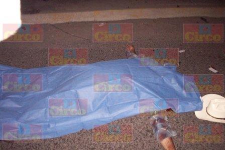 ¡Un hombre murió tras chocar su camioneta en San Juan de los Lagos!