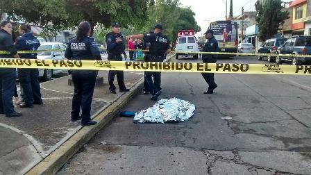 ¡Camión urbano aplastó y mató a una ancianita en Aguascalientes!