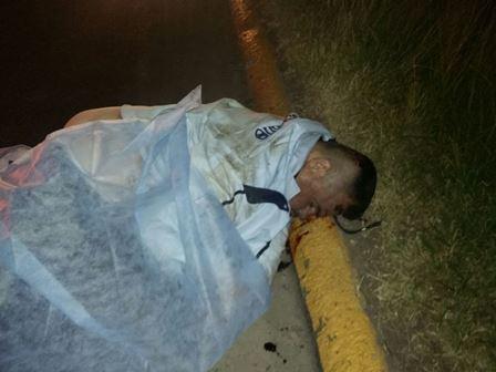 ¡Desconocido murió atropellado por un automóvil en Aguascalientes!