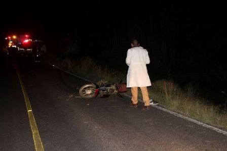 ¡Alcoholizado motociclista murió impactado por un auto en Aguascalientes!