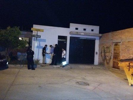 ¡Suicidio 97 en Aguascalientes: joven empleado se colgó y su hija lo descubrió!