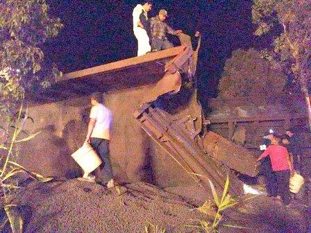 ¡FOTOGALERIA/ Se descarriló el tren en Zacatecas y dejó saldo de varios lesionados!