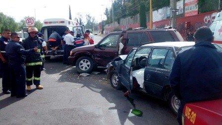 ¡Identificaron al hombre muerto tras el choque entre un auto y una camioneta en Aguascalientes!