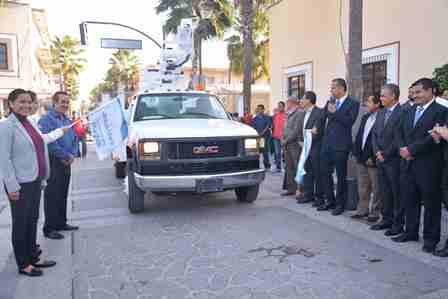 ¡Adquiere municipio de Jesús María camión pluma para mejorar servicio de alumbrado público!