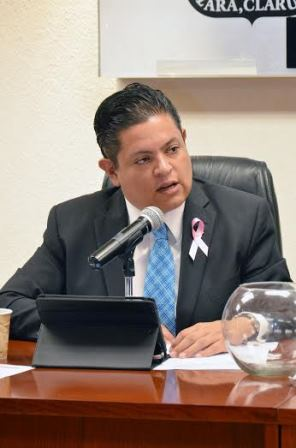 ¡El Congreso debe sumarse a la causa de la lucha contra el cáncer de mama: Mario Michaus!