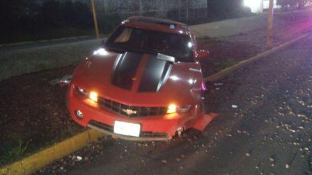 ¡Acabó con su auto deportivo por conducir ebrio en Aguascalientes!