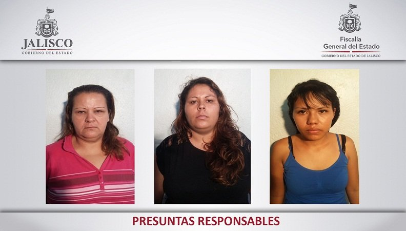 ¡Consignan a 3 mujeres por robar varios productos de una tienda comercial en Autlán, Jal.!