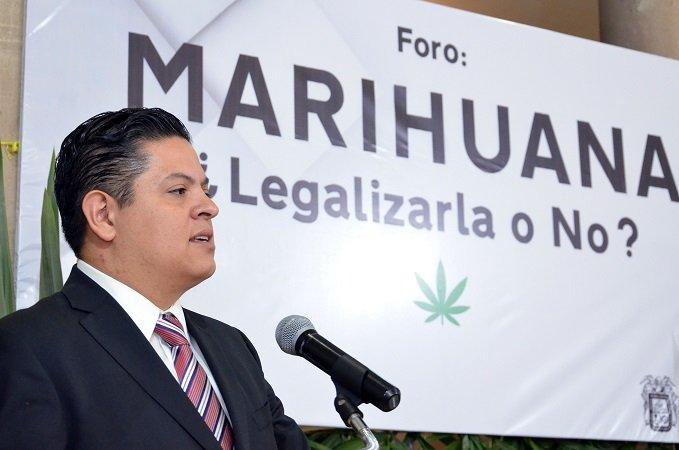 ¡Gran respuesta tuvo el foro sobre la legalización de la marihuana organizado por Mario Michaus!