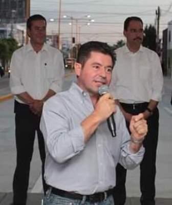 ¡El PAN gobierna y se gobierna en sus cinco sentidos: Jorge López!