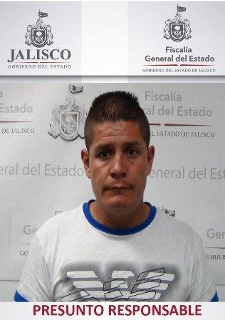 ¡Al bote sujeto acusado de extorsionar a una mujer en el mercado Felipe Ángeles en Guadalajara!