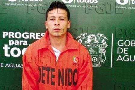 ¡Reincidente delincuente apuñaló a un policía municipal en Aguascalientes!