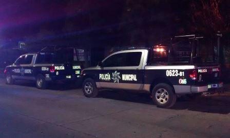 ¡Policía municipal de Aguascalientes sufrió el robo de un arma de fuego larga de una patrulla!