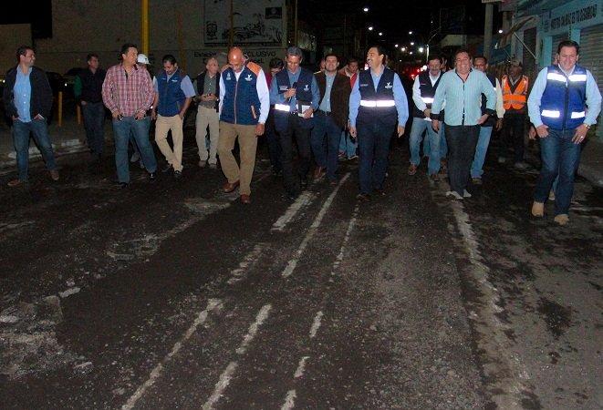 ¡Realiza el MunicipioAgs supervisión en las obras de repavimentación de calles del centro!