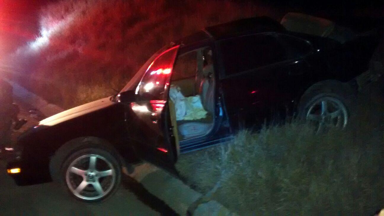 ¡1 muerta y 2 lesionados tras el choque entre una camioneta y un auto en Aguascalientes!