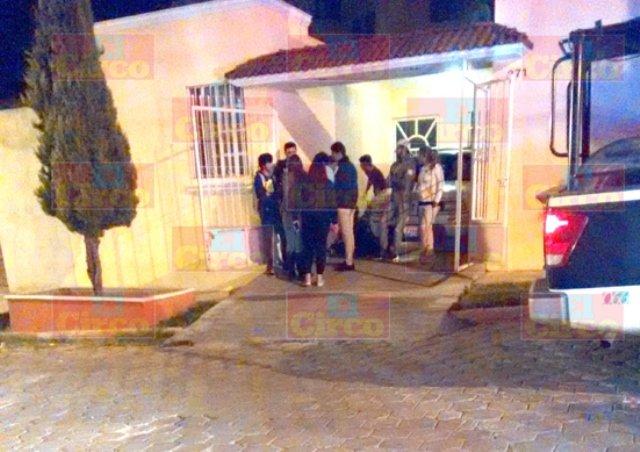 ¡6 delincuentes asaltaron y golpearon a 2 jóvenes en Lagos de Moreno!