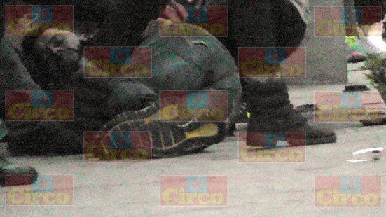¡A balazos y frente a su hija ejecutaron al dueño de unos bares en Fresnillo!