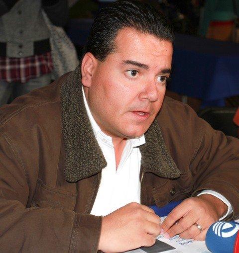 ¡Si me da permiso Toño, busco ser alcalde o diputado: Héctor Anaya!