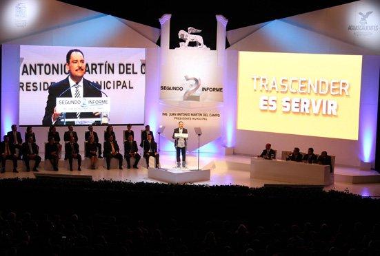 ¡Reconocen colegios de profesionistas labor del alcalde de Aguascalientes durante el segundo año de gestión!