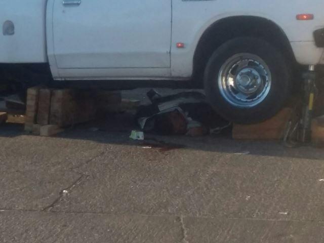 ¡Murió un motociclista y otro resultó lesionado tras chocar contra una camioneta en Aguascalientes!