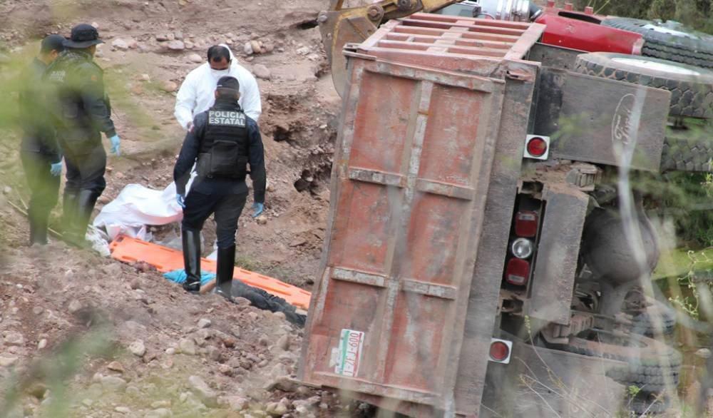¡Joven murió aplastado por un camión de volteo en Villanueva, Zacatecas!
