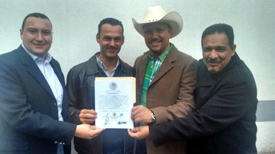 ¡Recibe Gerardo Salas su constancia de mayoría que lo acredita como Diputado Federal electo!